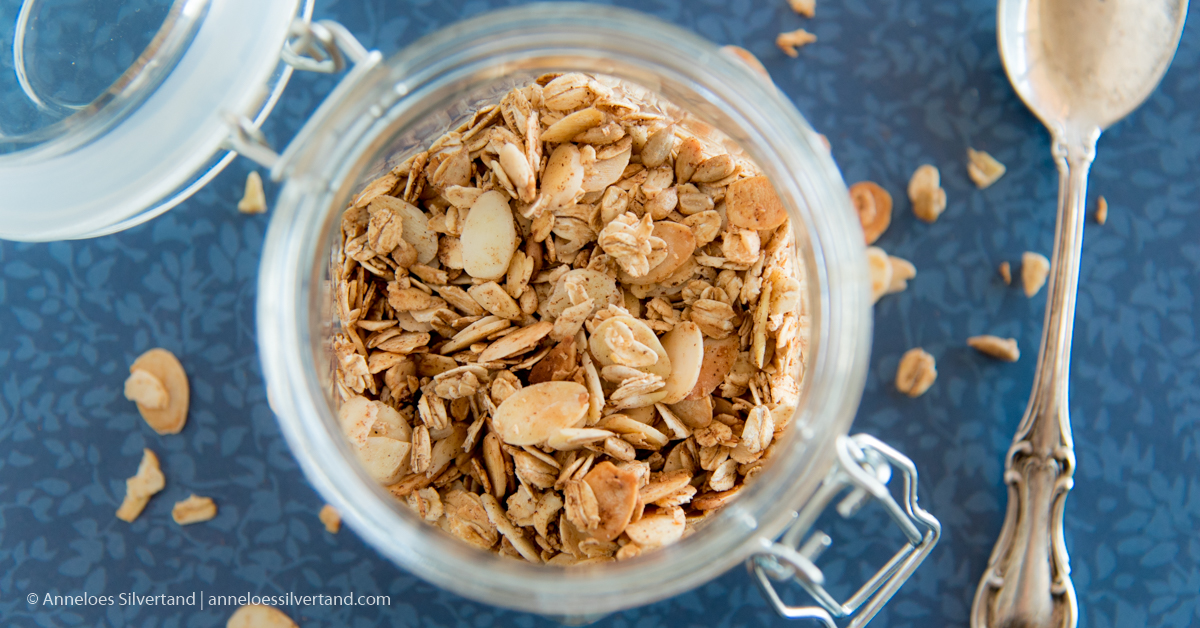 Almonds and Oats Fall Muesli